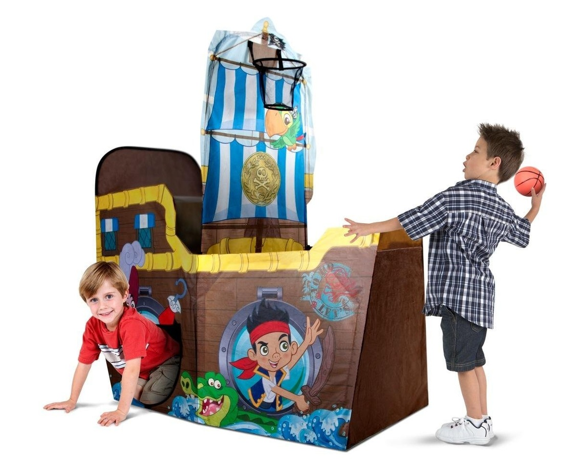 JAKE AND THE NEVERLAND PIRATES PLAY HUT